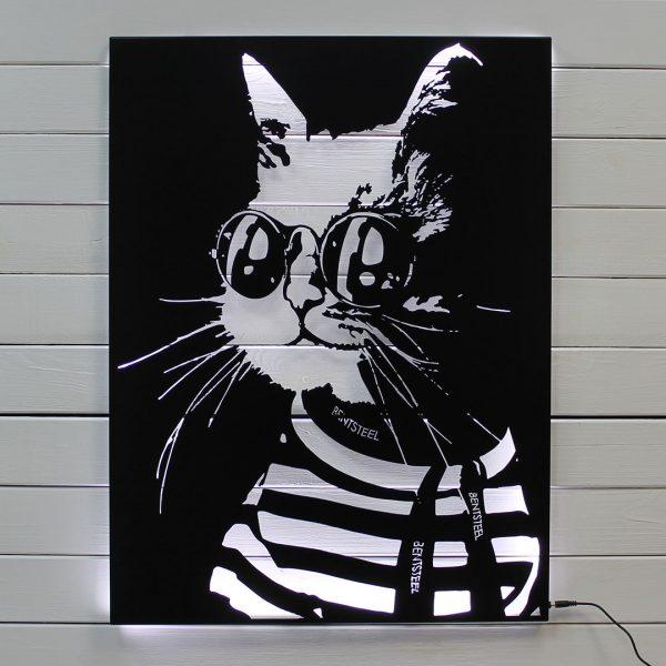Кот из металла
